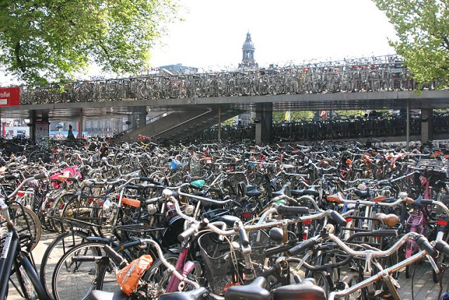 Bicycles-Near-Amsterdam-Station1